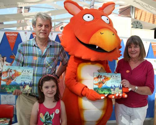 Axel Scheffler, Abigail Cartwright, Zog and Julia Donaldson at the launch of Zog and the Flying Doctors.