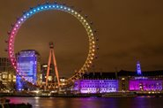 Evelina London lights up the London Eye
